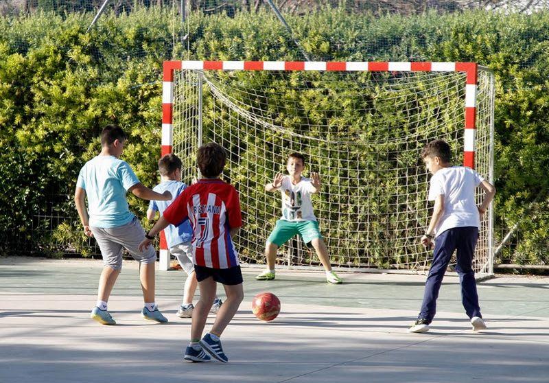 Deporte English School